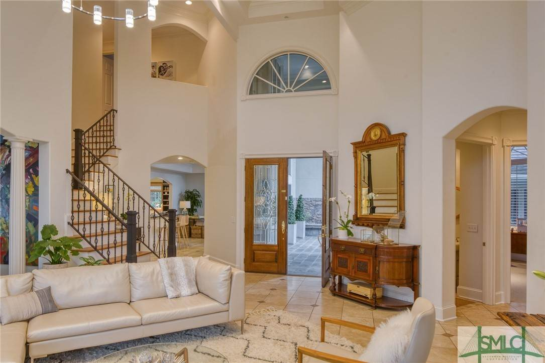 12. Residential for Sale at 10 Judsons Court 10 Judsons Court Savannah, Georgia 31410 United States