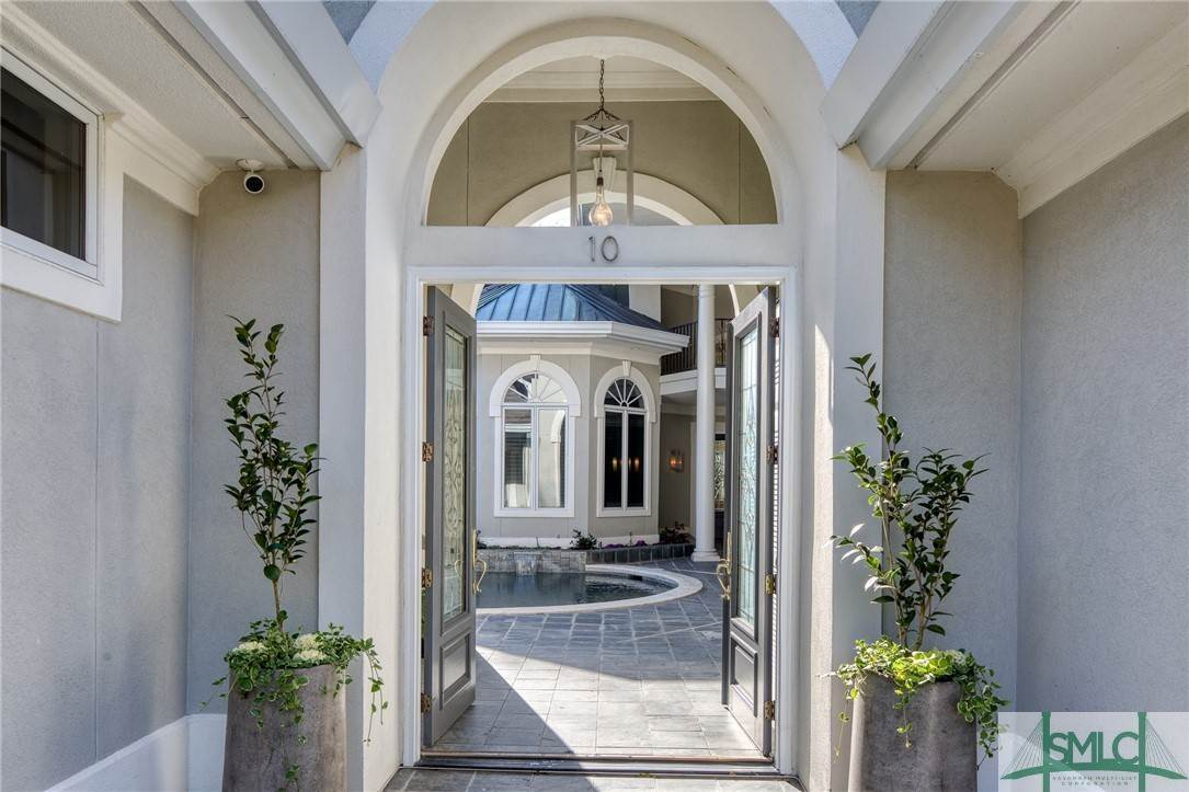 7. Residential for Sale at 10 Judsons Court 10 Judsons Court Savannah, Georgia 31410 United States
