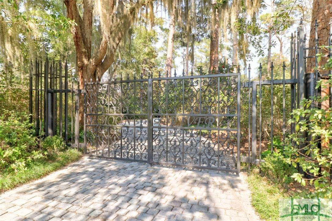 2. Residential for Sale at 512 Moon River Court 512 Moon River Court Savannah, Georgia 31406 United States