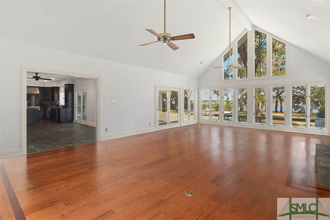 7. Residential for Sale at 512 Moon River Court 512 Moon River Court Savannah, Georgia 31406 United States