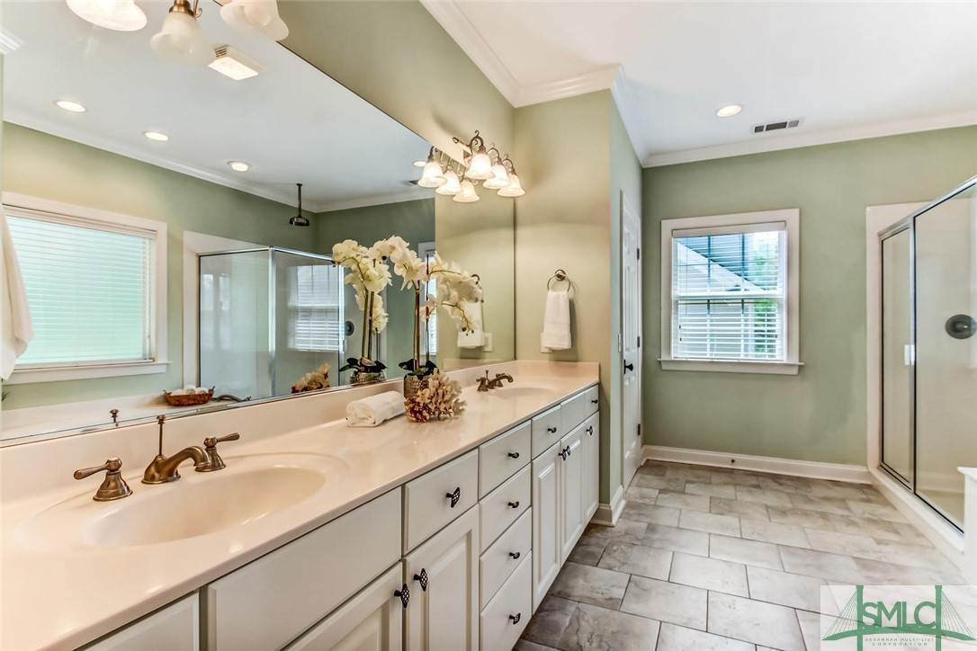 22. Residential for Sale at 24 Dockside Drive 24 Dockside Drive Savannah, Georgia 31410 United States