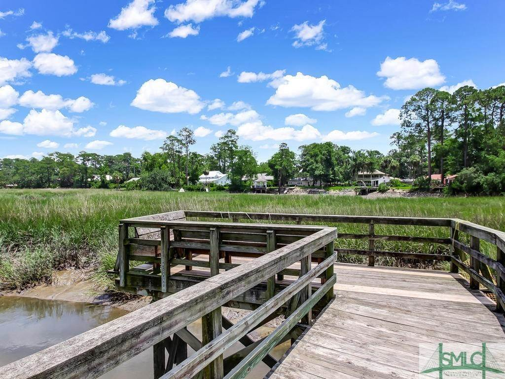38. Residential for Sale at 24 Dockside Drive 24 Dockside Drive Savannah, Georgia 31410 United States