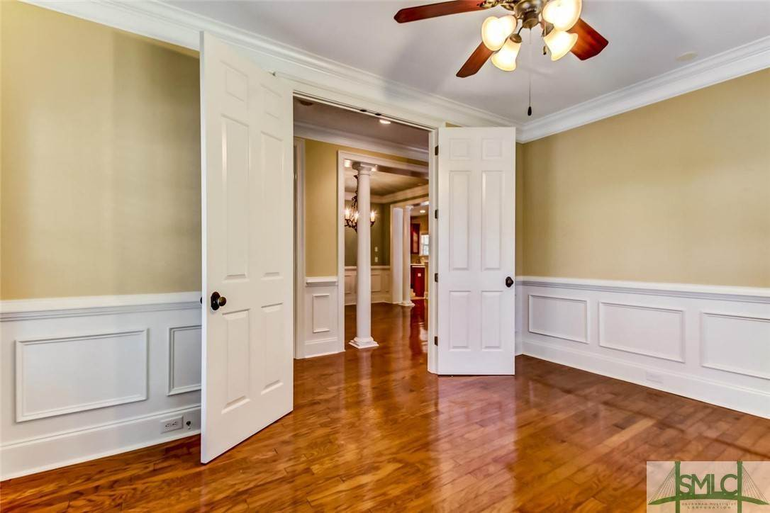 7. Residential for Sale at 24 Dockside Drive 24 Dockside Drive Savannah, Georgia 31410 United States