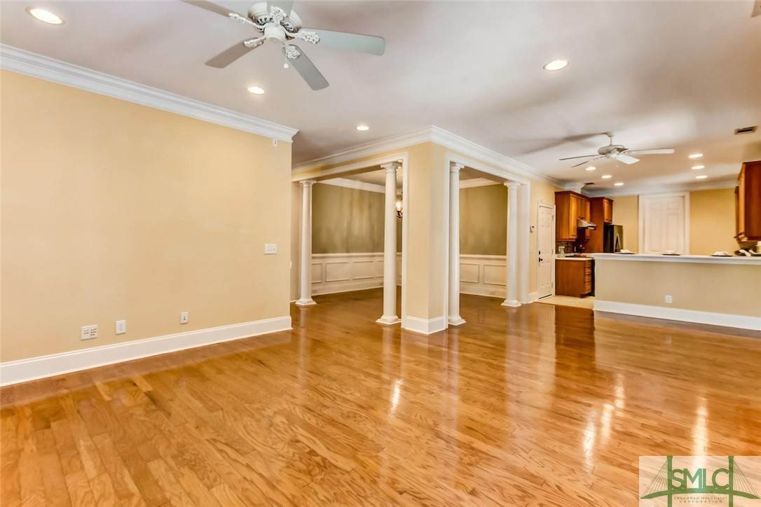 9. Residential for Sale at 24 Dockside Drive 24 Dockside Drive Savannah, Georgia 31410 United States
