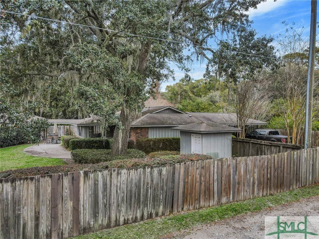 29. Residential Income for Sale at 87 Johnny Mercer Boulevard 87 Johnny Mercer Boulevard Savannah, Georgia 31410 United States