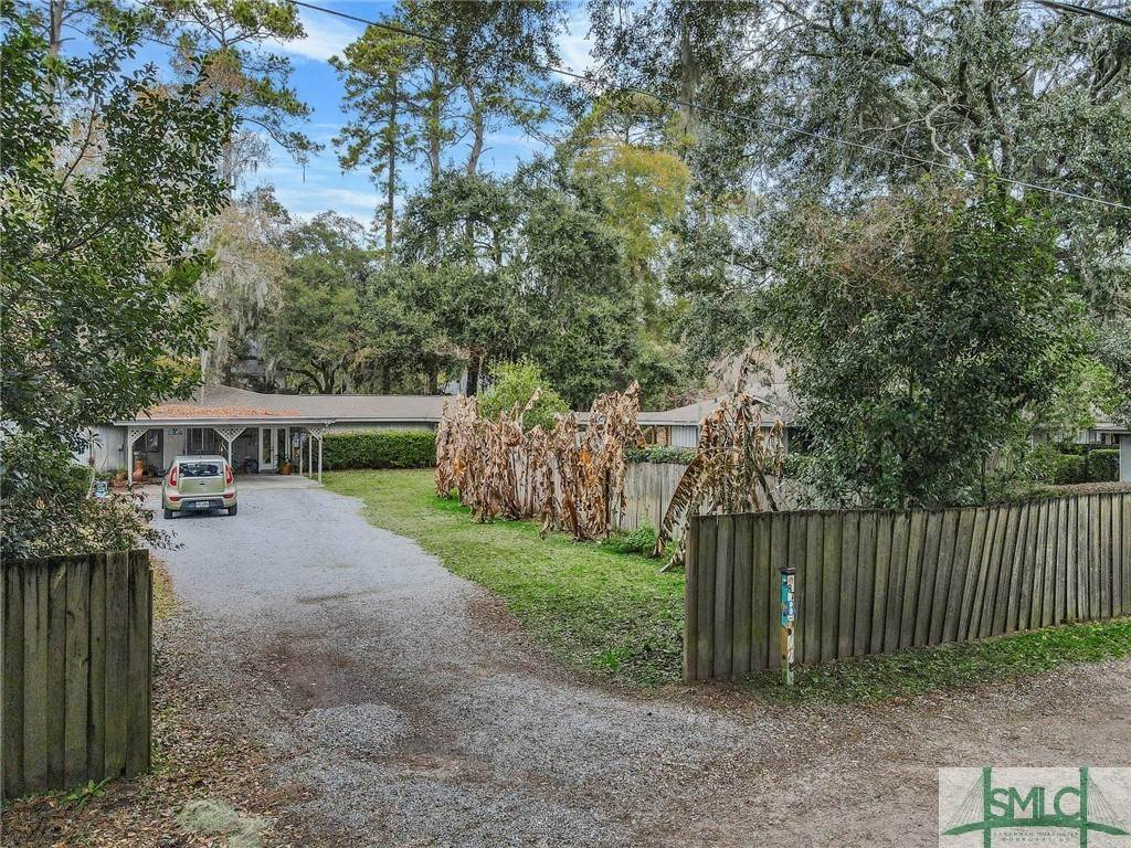 33. Residential Income for Sale at 87 Johnny Mercer Boulevard 87 Johnny Mercer Boulevard Savannah, Georgia 31410 United States