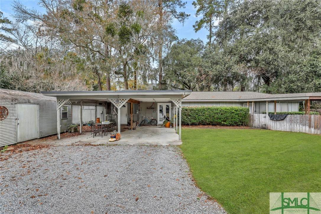 35. Residential Income for Sale at 87 Johnny Mercer Boulevard 87 Johnny Mercer Boulevard Savannah, Georgia 31410 United States