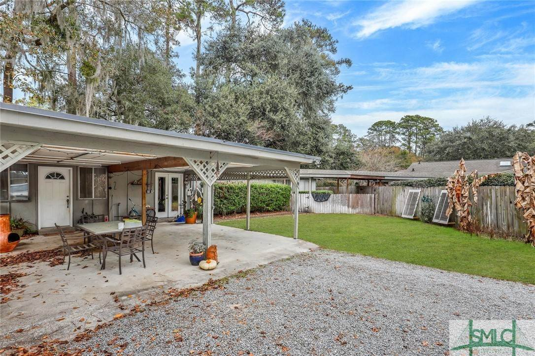 36. Residential Income for Sale at 87 Johnny Mercer Boulevard 87 Johnny Mercer Boulevard Savannah, Georgia 31410 United States