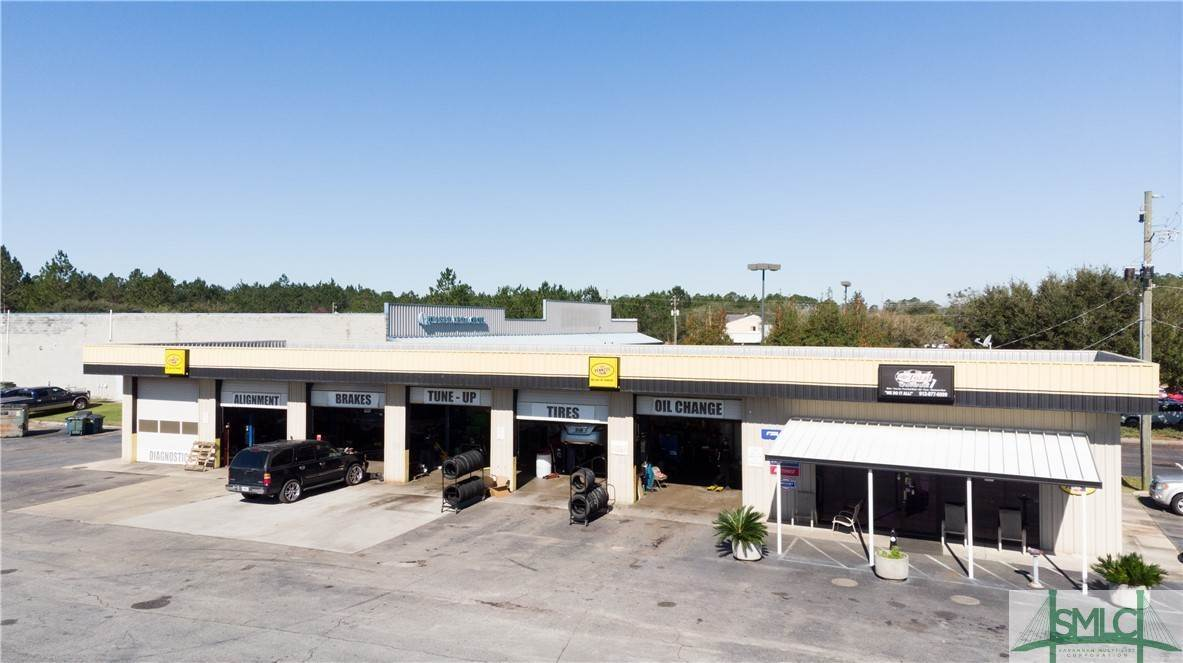 Commercial for Sale at 759 Veterans Parkway 759 Veterans Parkway Hinesville, Georgia 31313 United States