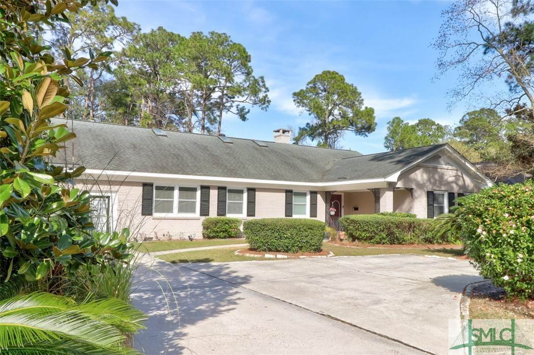 Residential for Sale at 30 E 67th Street 30 E 67th Street Savannah, Georgia 31405 United States
