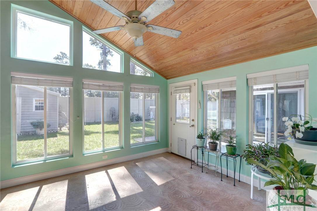14. Residential for Sale at 7103 Tropical Way 7103 Tropical Way Savannah, Georgia 31410 United States