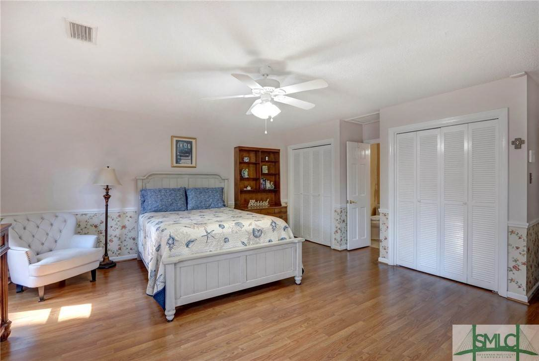 17. Residential for Sale at 7103 Tropical Way 7103 Tropical Way Savannah, Georgia 31410 United States