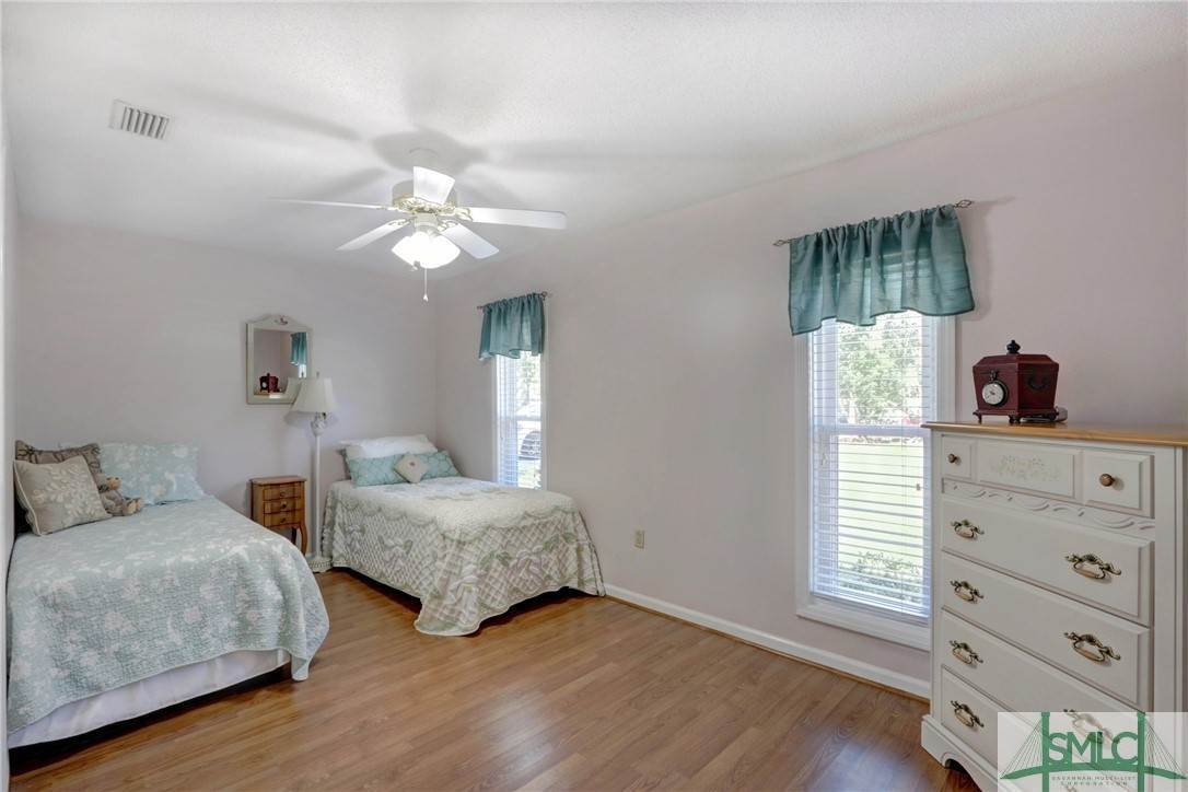 23. Residential for Sale at 7103 Tropical Way 7103 Tropical Way Savannah, Georgia 31410 United States