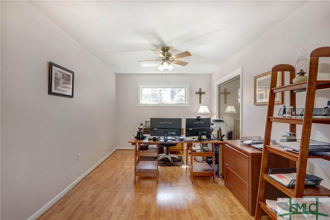 28. Residential for Sale at 7103 Tropical Way 7103 Tropical Way Savannah, Georgia 31410 United States
