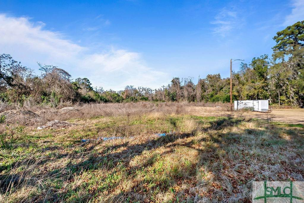 29. Residential Income for Sale at 700 Christopher Drive 700 Christopher Drive Savannah, Georgia 31406 United States