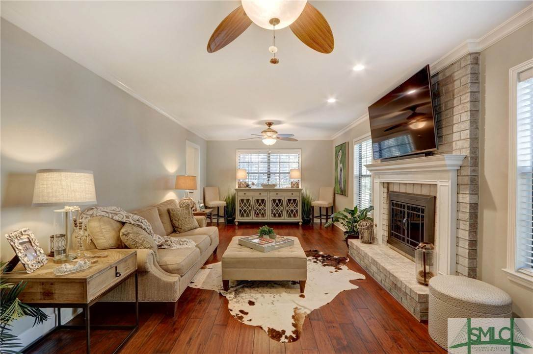 17. Residential for Sale at 104 S Sheftall Circle 104 S Sheftall Circle Savannah, Georgia 31410 United States
