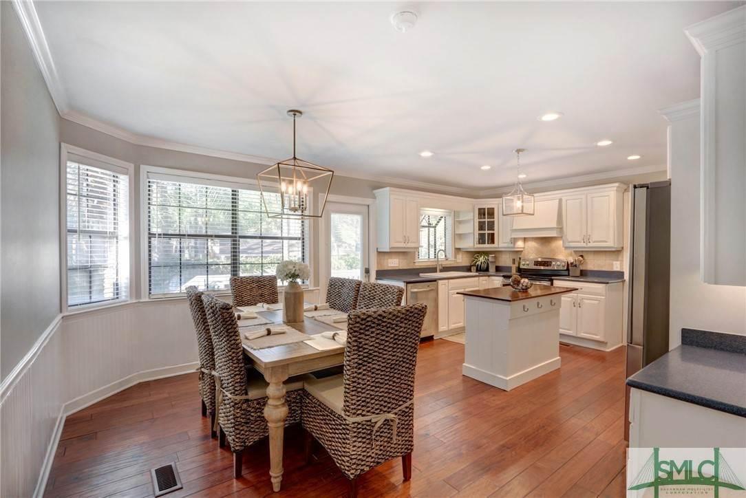 21. Residential for Sale at 104 S Sheftall Circle 104 S Sheftall Circle Savannah, Georgia 31410 United States