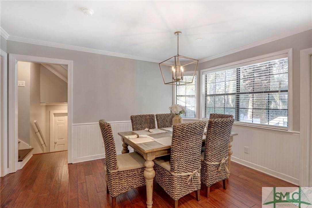 25. Residential for Sale at 104 S Sheftall Circle 104 S Sheftall Circle Savannah, Georgia 31410 United States
