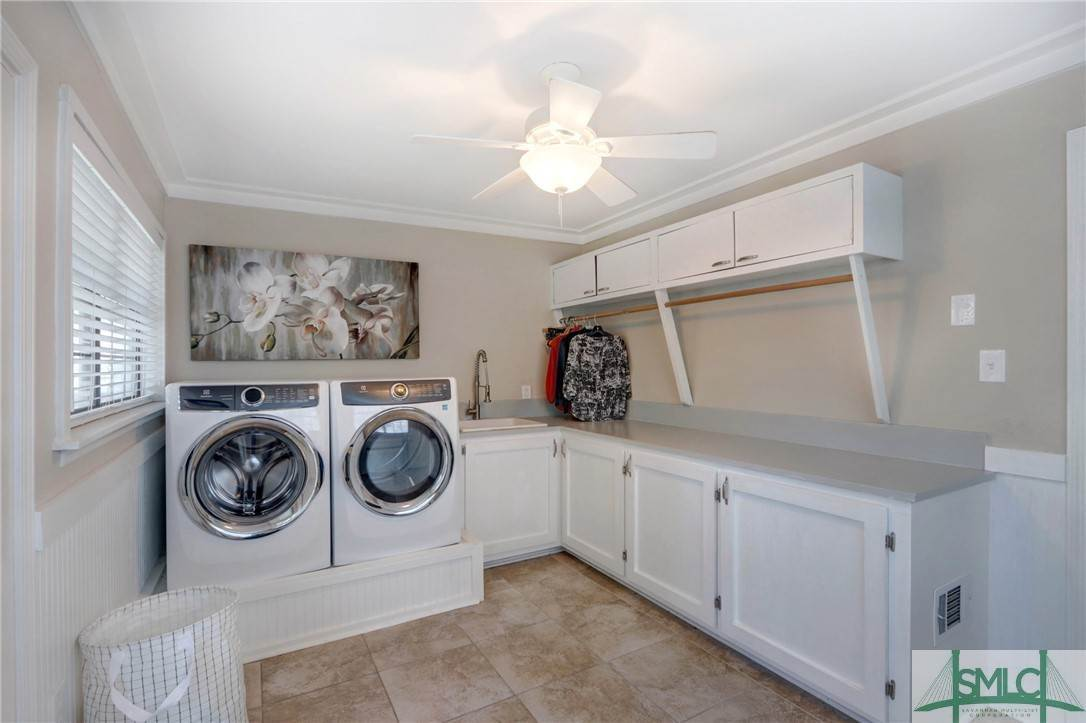 42. Residential for Sale at 104 S Sheftall Circle 104 S Sheftall Circle Savannah, Georgia 31410 United States