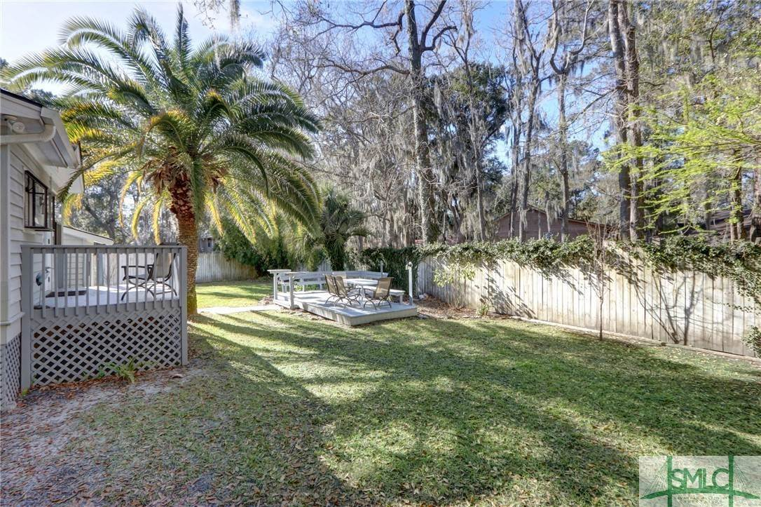9. Residential for Sale at 104 S Sheftall Circle 104 S Sheftall Circle Savannah, Georgia 31410 United States