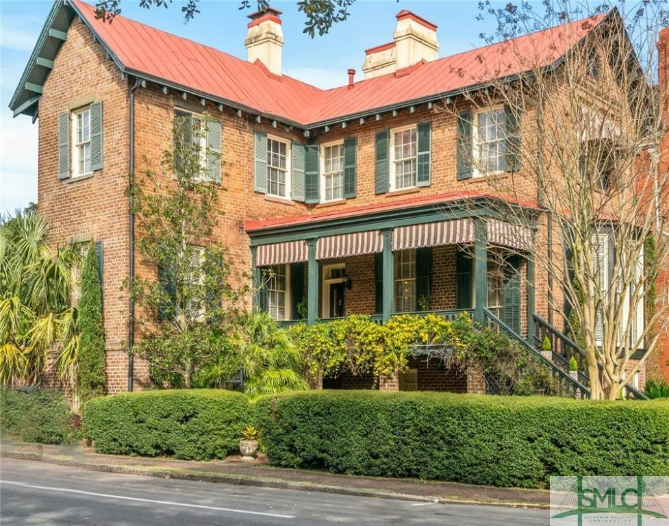 1. Residential for Sale at 304 E Gaston Street 304 E Gaston Street Savannah, Georgia 31401 United States