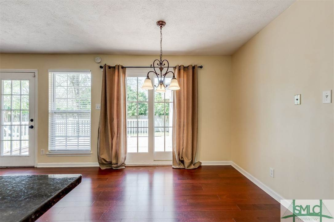 15. Residential for Sale at 103 S Paxton Drive 103 S Paxton Drive Savannah, Georgia 31406 United States