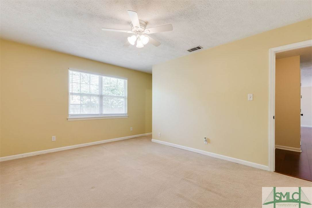 25. Residential for Sale at 103 S Paxton Drive 103 S Paxton Drive Savannah, Georgia 31406 United States
