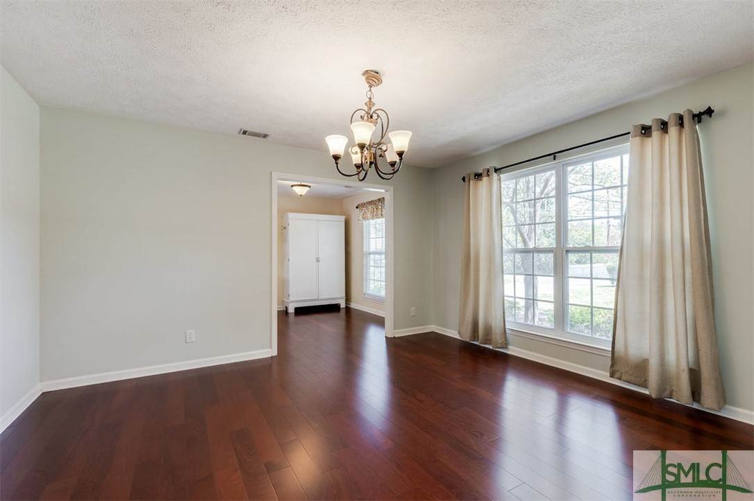 6. Residential for Sale at 103 S Paxton Drive 103 S Paxton Drive Savannah, Georgia 31406 United States