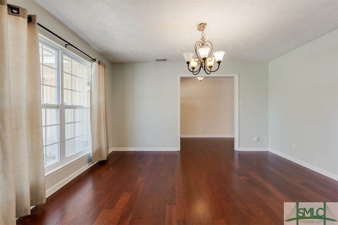 7. Residential for Sale at 103 S Paxton Drive 103 S Paxton Drive Savannah, Georgia 31406 United States