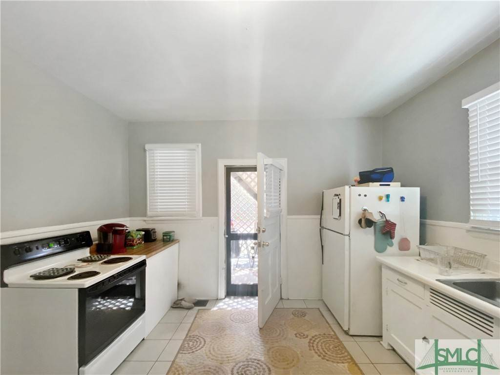31. Residential Income for Sale at 219 E 56th Street 219 E 56th Street Savannah, Georgia 31405 United States