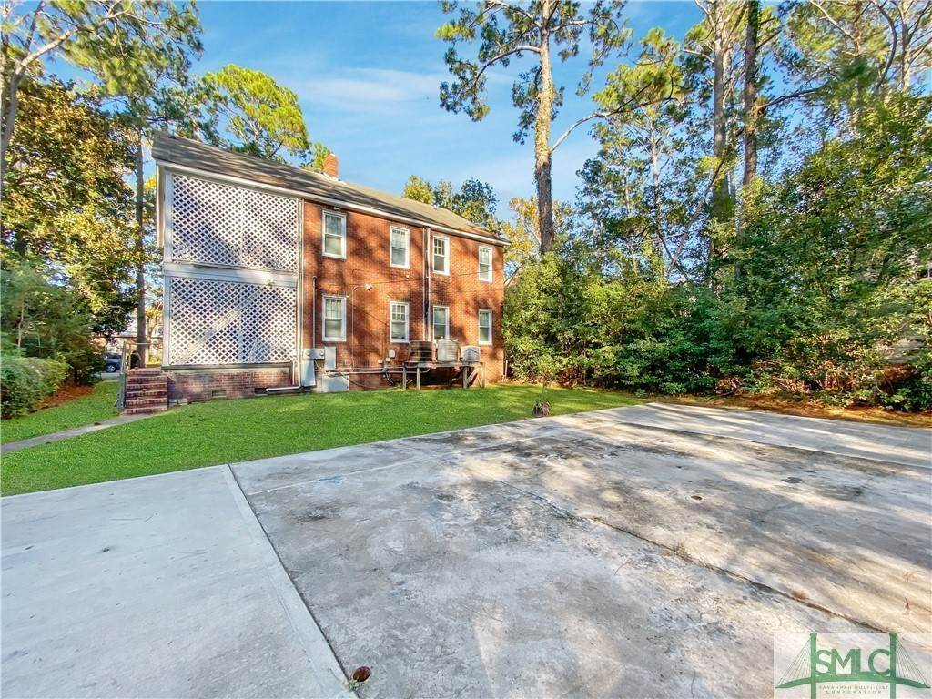 43. Residential Income for Sale at 219 E 56th Street 219 E 56th Street Savannah, Georgia 31405 United States