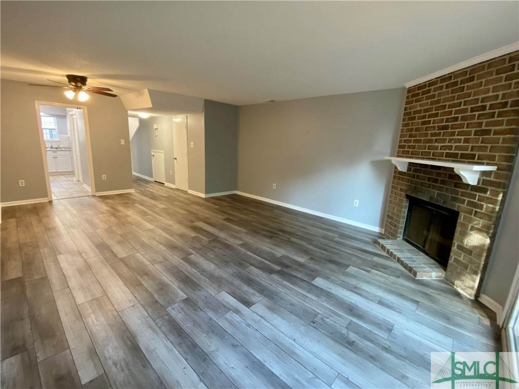10. Residential for Sale at 14 Navigator Lane Savannah, Georgia 31410 United States