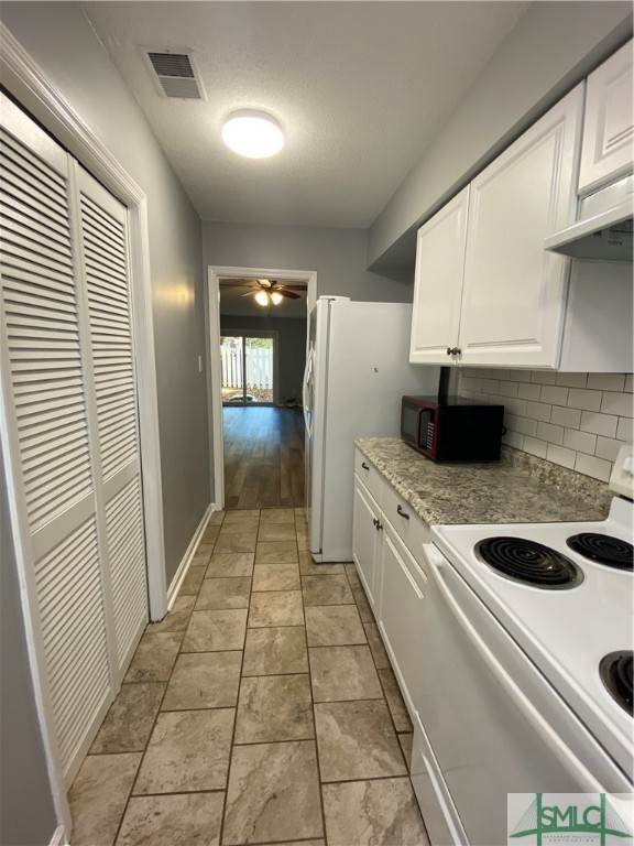 6. Residential for Sale at 14 Navigator Lane Savannah, Georgia 31410 United States