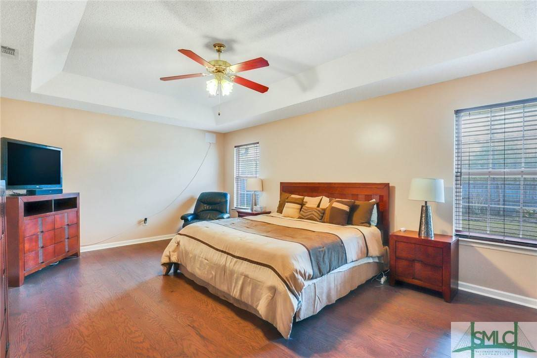 27. Residential for Sale at 306 Camden Court 306 Camden Court Hinesville, Georgia 31313 United States