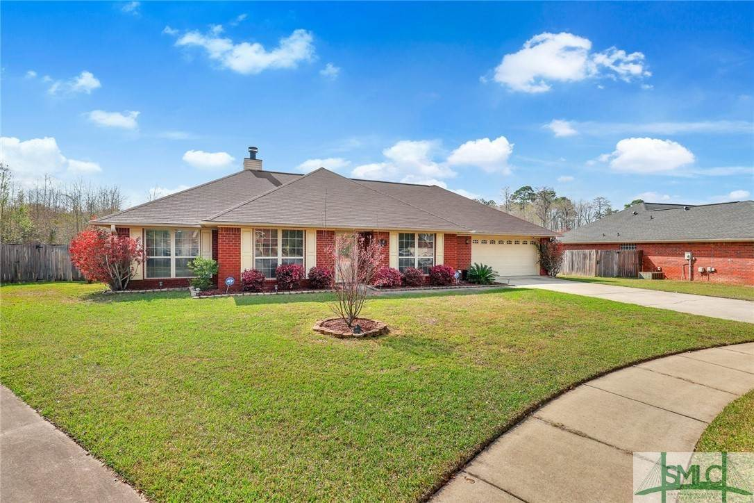 4. Residential for Sale at 306 Camden Court 306 Camden Court Hinesville, Georgia 31313 United States