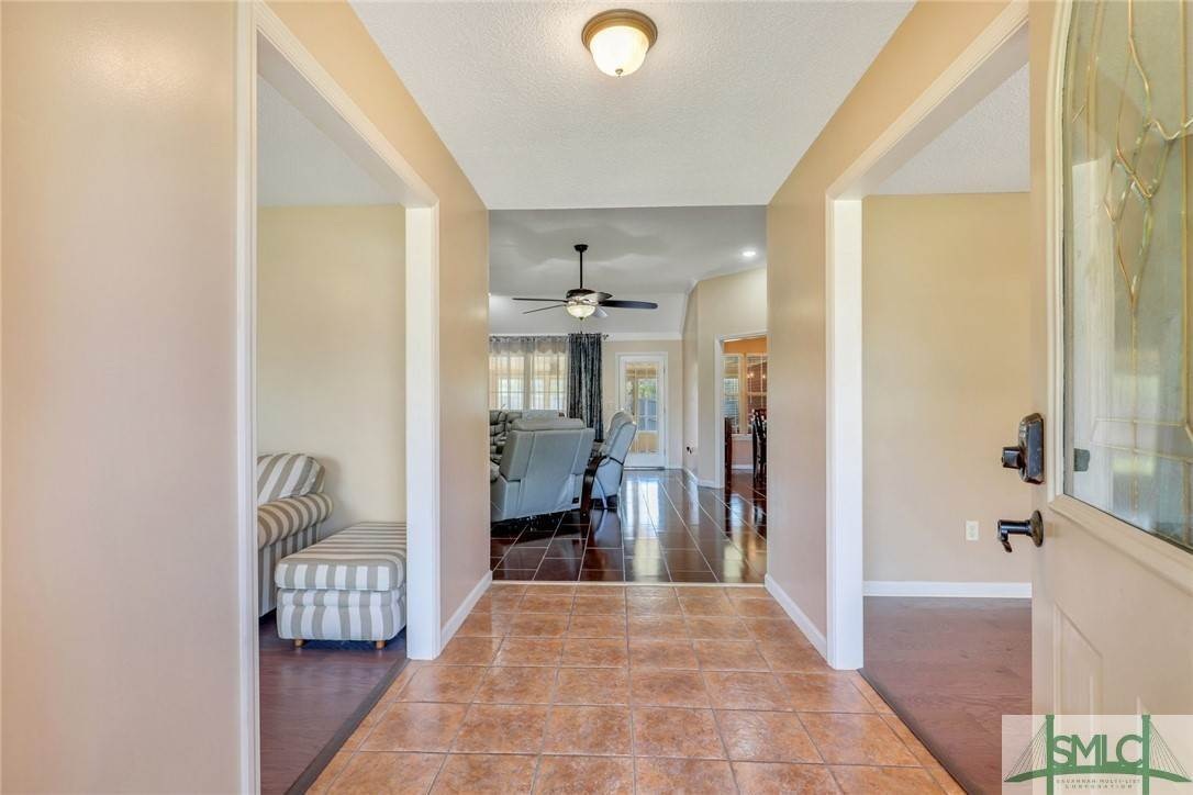 8. Residential for Sale at 306 Camden Court 306 Camden Court Hinesville, Georgia 31313 United States