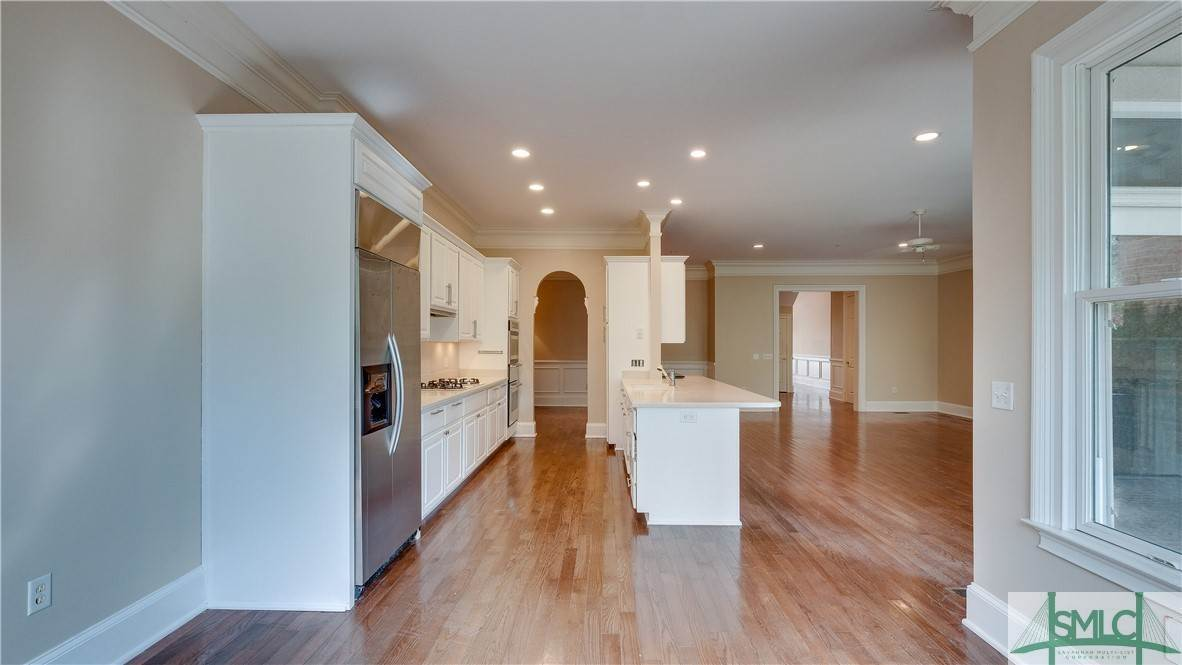 12. Residential for Sale at 67 Palmer Boulevard 67 Palmer Boulevard Savannah, Georgia 31410 United States