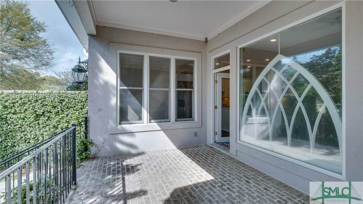 20. Residential for Sale at 67 Palmer Boulevard 67 Palmer Boulevard Savannah, Georgia 31410 United States