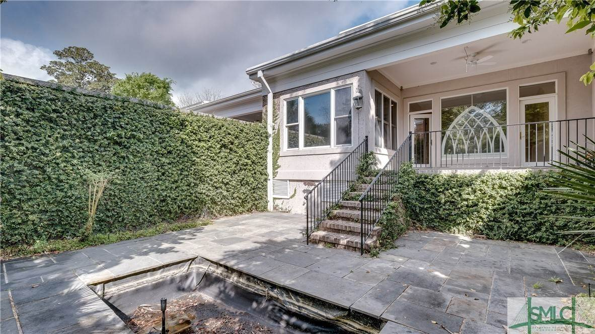 24. Residential for Sale at 67 Palmer Boulevard 67 Palmer Boulevard Savannah, Georgia 31410 United States