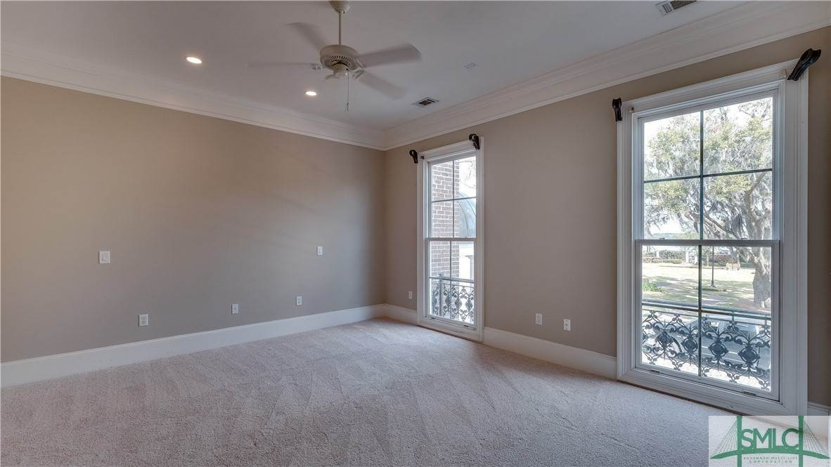 27. Residential for Sale at 67 Palmer Boulevard 67 Palmer Boulevard Savannah, Georgia 31410 United States
