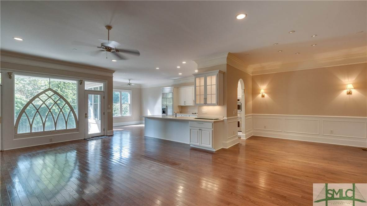 6. Residential for Sale at 67 Palmer Boulevard 67 Palmer Boulevard Savannah, Georgia 31410 United States
