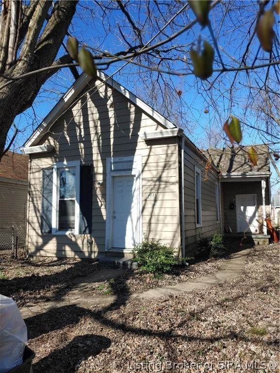 Single Family Homes for Sale at 2111 Charlestown Road New Albany, Indiana 47150 United States