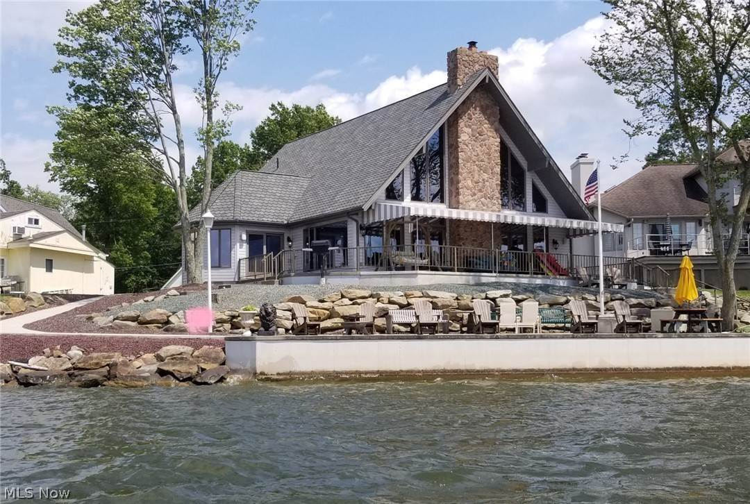 Residential for Sale at 1330 River Road Lake Milton, Ohio 44429 United States