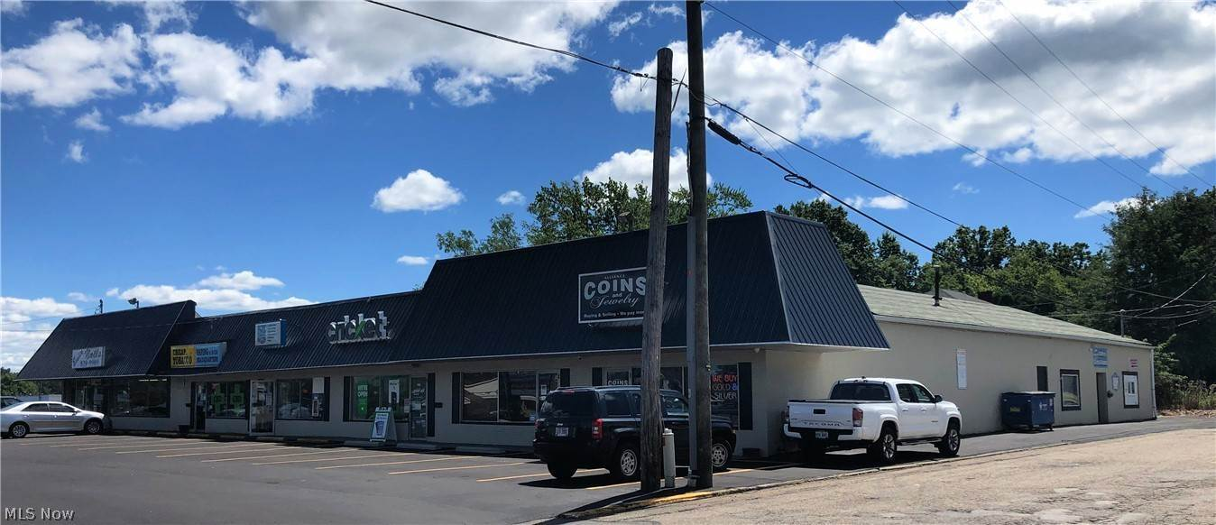 Commercial for Sale at 1170 W State Street Alliance, Ohio 44601 United States