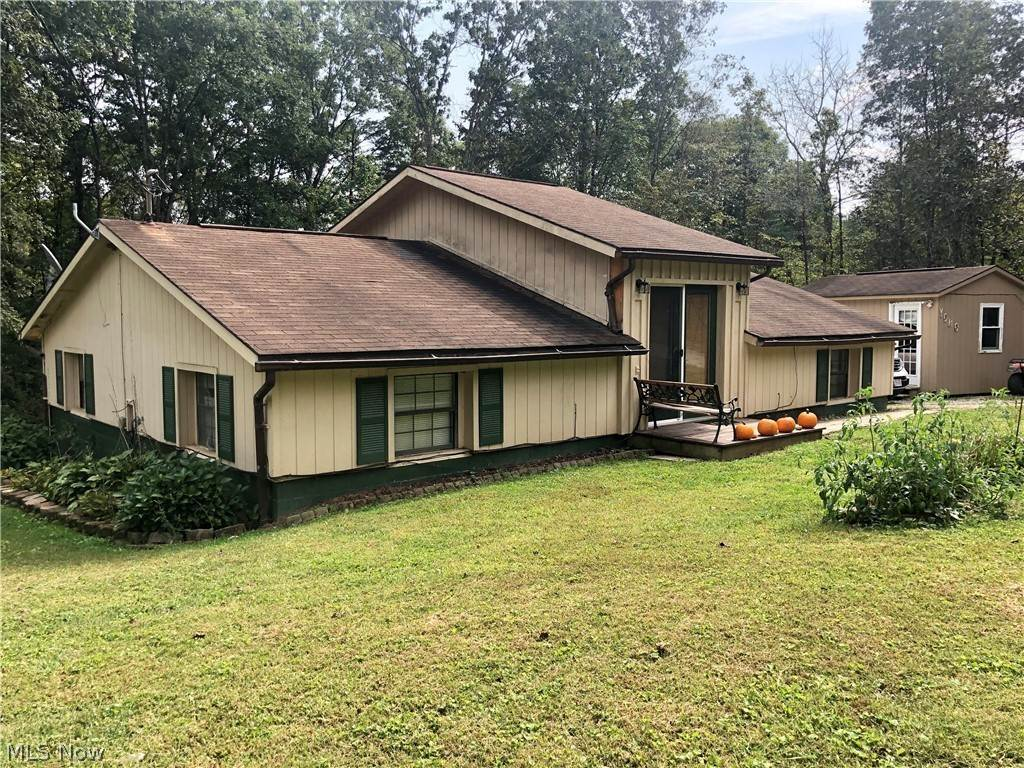 Residential for Sale at 852 Wallace Road Little Hocking, Ohio 45742 United States