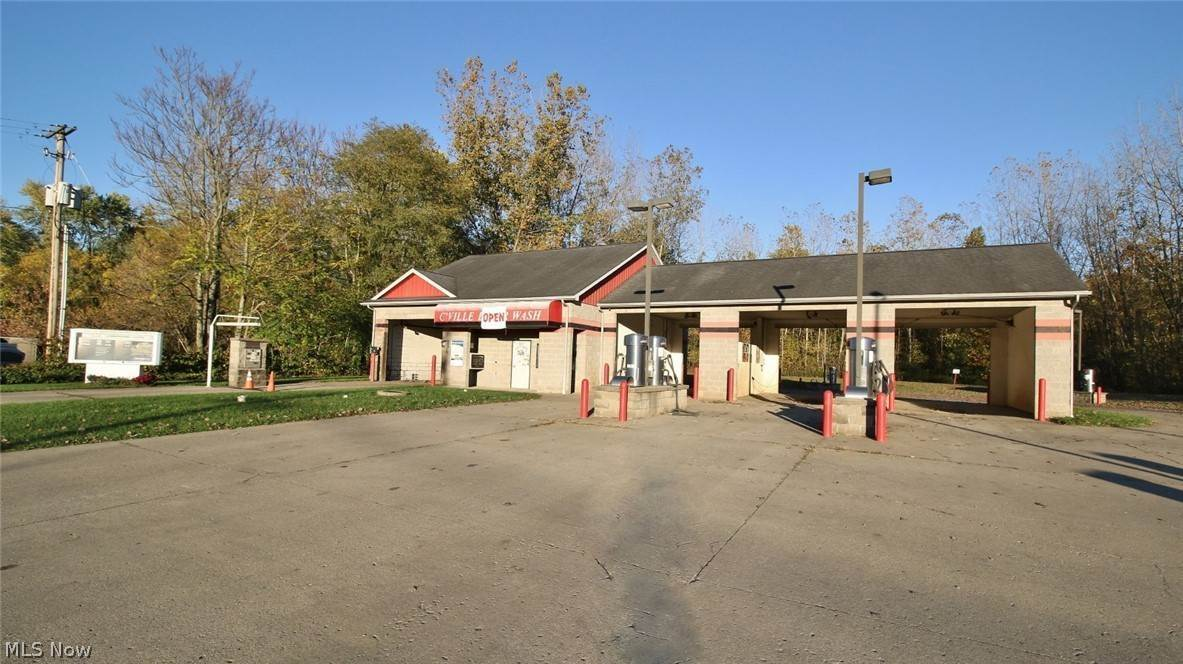Commercial for Sale at 110 China Street Crooksville, Ohio 43731 United States
