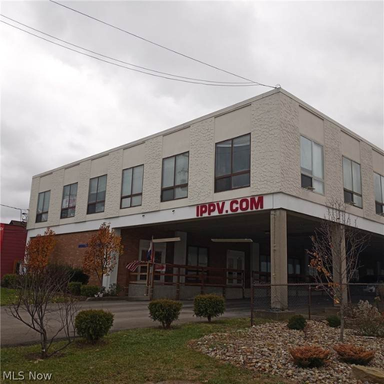 Commercial for Sale at 5600 Market Street Boardman, Ohio 44512 United States