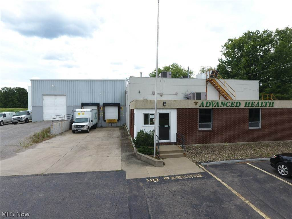 Commercial at 6315 Warren Sharon Road Brookfield, Ohio 44403 United States
