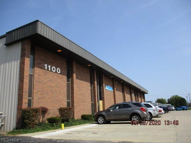 Commercial for Sale at 1090 W Bagley Road Berea, Ohio 44017 United States