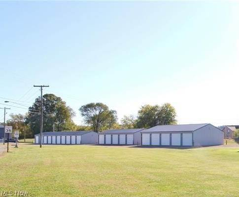 Commercial for Sale at 101 E 3rd Street Frazeysburg, Ohio 43822 United States